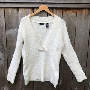 Women's Moda International sweater, cream color, L